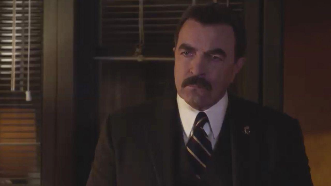 Frank (Tom Selleck) fühlt sich nicht wohl damit, seinem Sohn Danny auf Vorschlag von Gormley eine Tapferkeitsmedaille zu verleihen. Er fürchtet, die... - Bildquelle: 2014 CBS Broadcasting Inc. All Rights Reserved.