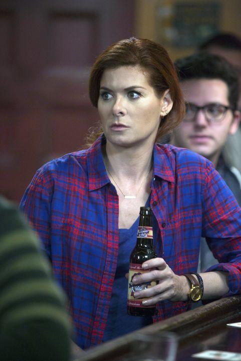 Laura (Debra Messing) und ihre Kollegen ermitteln im Milieu eines Eskortdienstes, um einen Mörder zu fassen ... - Bildquelle: Warner Bros. Entertainment, Inc.