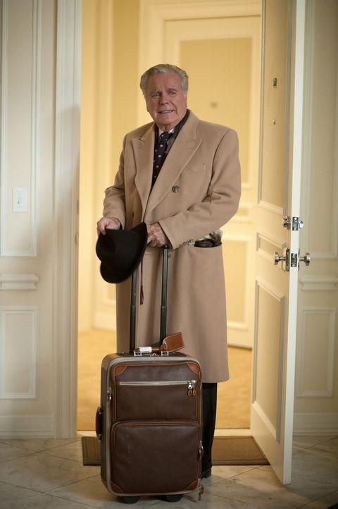 Während der Ermittlungen in einem neuen Fall bekommt DiNozzo Besuch von seinem Vater (Robert Wagner) ... - Bildquelle: CBS Television