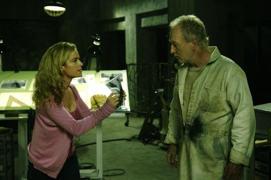 Haben Zoff miteinander: Jill (Betsy Russell, l.) und ihr Ex-Mann John Cramer (Tobin Bell, r.), der keineswegs so harmlos ist, wie er aussieht ... - Bildquelle: 2007 Lionsgate, Twisted Pictures
