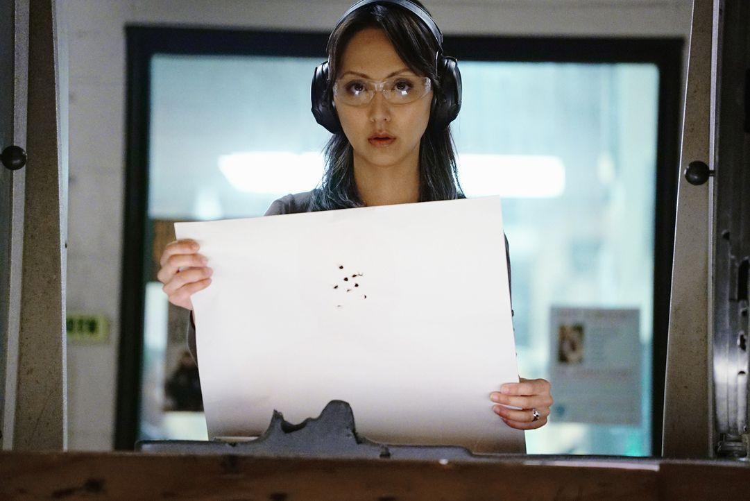 Ist nicht überrascht, dass all ihre Schüsse in den Kopf getroffen haben: Zhang (Linda Park) ... - Bildquelle: Richard Cartwright ABC Studios