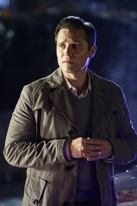 Coles Geschäftspartner Robert (Trent Dawson) ist schockiert, dass ihn jemand des Mordes verdächtigt ... - Bildquelle: ABC Studios