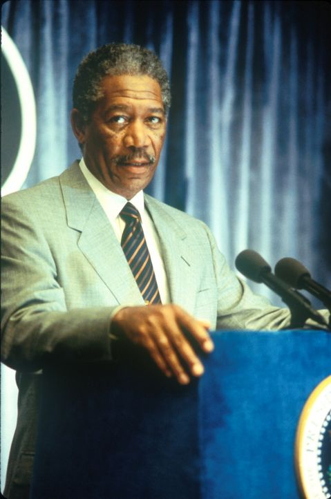 Gibt zu, die Gefahr unterschätzt zu haben: US-Präsident Tom Beck (Morgan Freeman) eröffnet der verblüfften Bevölkerung, dass ein gigantischer Komet... - Bildquelle: TM+  1998 DreamWorks L.L.C. and Paramount Pictures All Rights Reserved