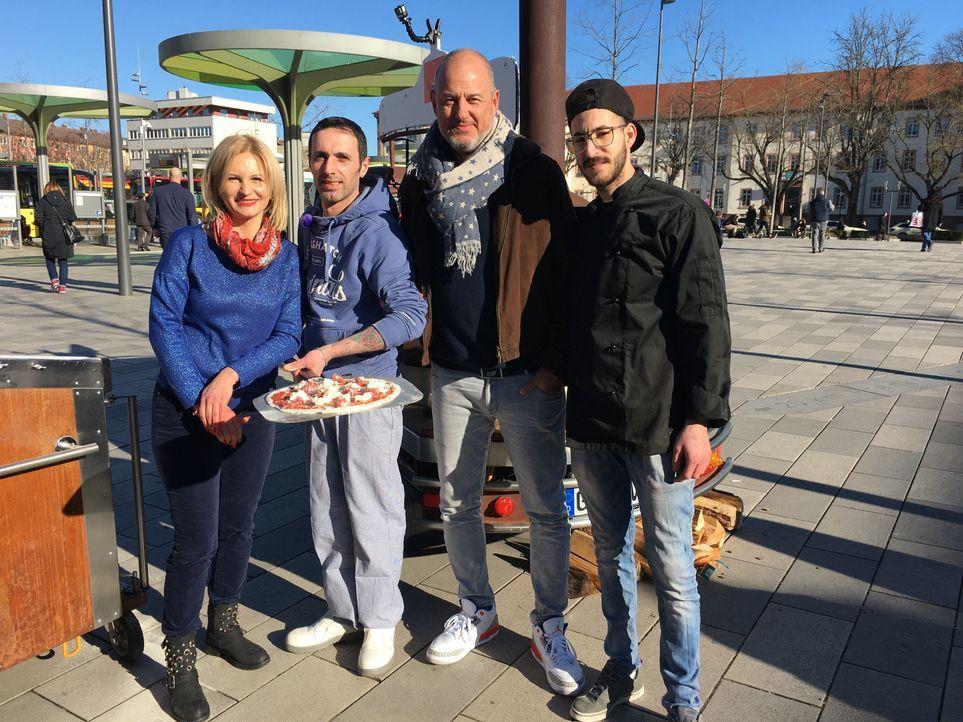 (v.l.n.r.) Anja; Fabrizio; Frank Rosin; Francesco - Bildquelle: Kabel Eins
