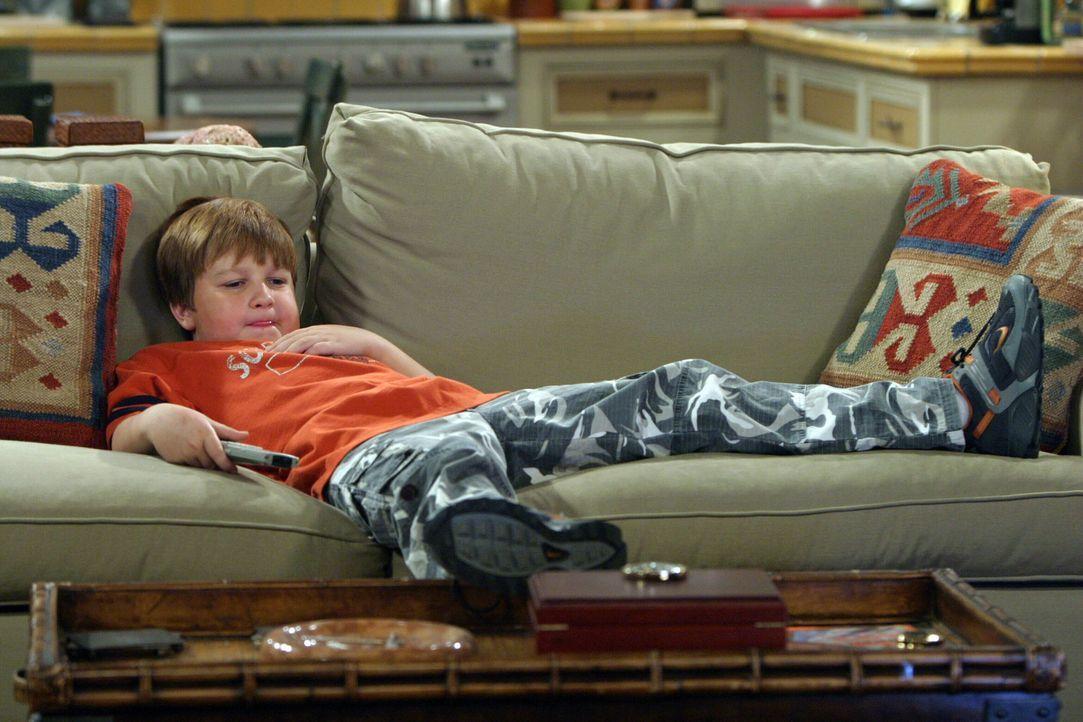 Genießt sein Leben: für Jake (Angus T. Jones) ... - Bildquelle: Warner Bros. Television