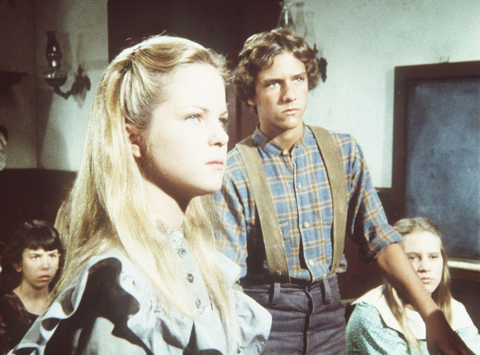 Mary (Melissa Sue Anderson, l.) und Bob Ford (Tony Markes, M.) haben eine Auseinandersetzung über den amerikanischen Bürgerkrieg. - Bildquelle: Worldvision