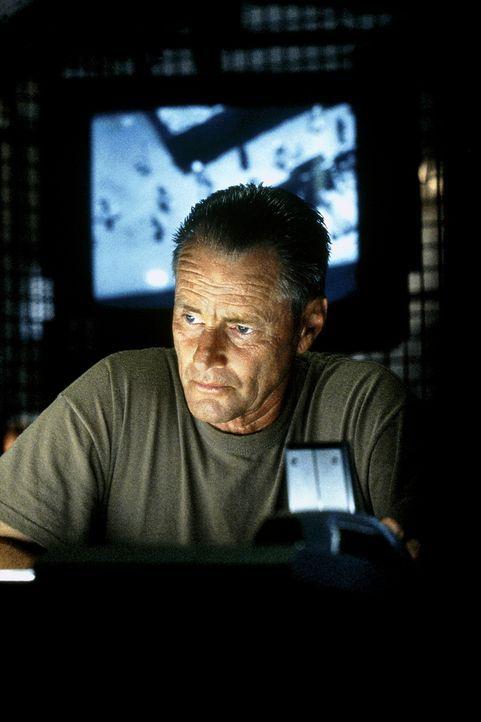 Major General William F. Garrison (Sam Shepard) muss erleben, dass sein Plan total außer Kontrolle gerät ... - Bildquelle: Columbia Pictures