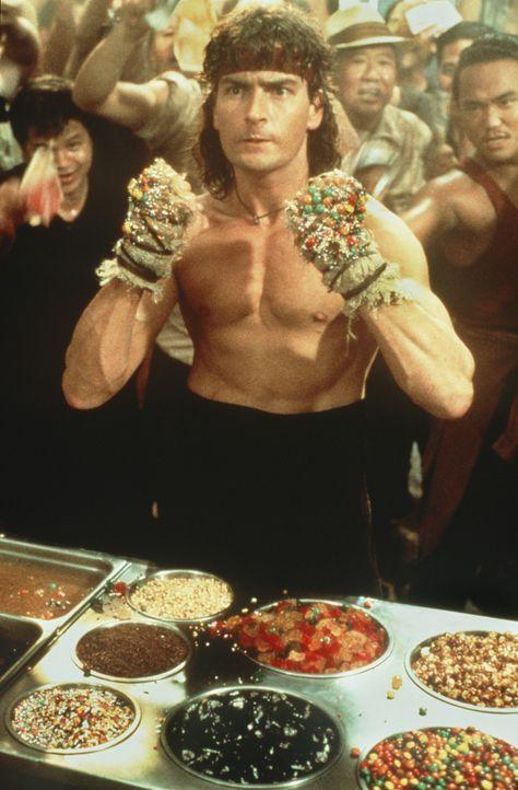 Fürchtet nicht einmal die einheimische Küche: Topper Harley (Charlie Sheen) ... - Bildquelle: 20th Century Fox Film Corporation