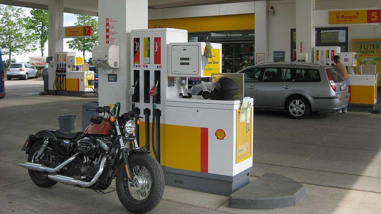 Tankstopp Nummer 15 - Bildquelle: Kabel eins