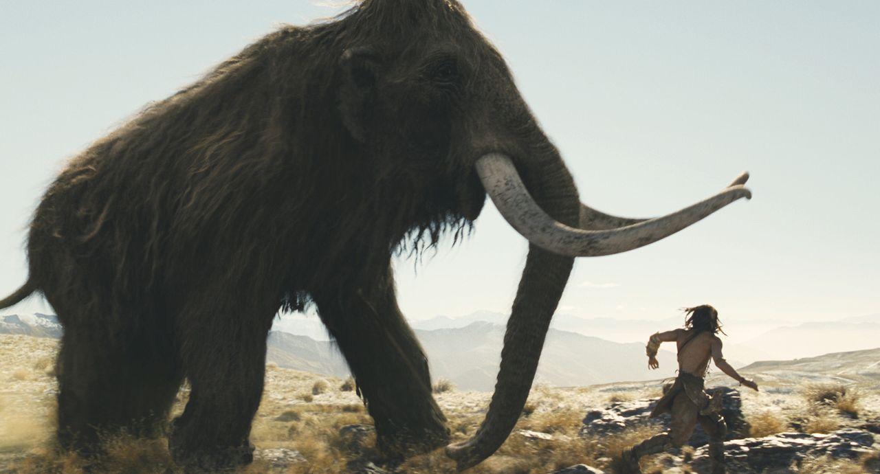 10.000 vor Christus: Der junge Jäger D'Leh (Steven Strait) will sich in der Hirarchie seines Stammes nach oben arbeiten, um das Herz seiner Angebet... - Bildquelle: Warner Brothers