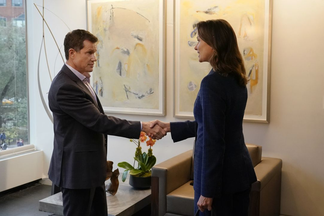 Peter Chase (Dylan Walsh, l.); Erin Reagan (Bridget Moynahan, r.) - Bildquelle: John Paul Filo 2019 CBS Broadcasting Inc. All Rights Reserved. / John Paul Filo