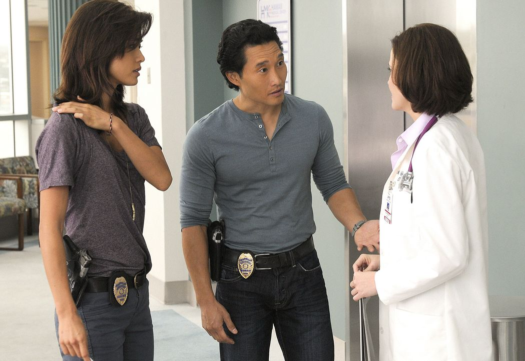 Bei den Ermittlungen in einem neuen Fall, kommen Chin (Daniel Dae Kim, M.) und Kono (Grace Park, l.) einer Entführung auf die Spur, bei deren Aufklä... - Bildquelle: TM &   2010 CBS Studios Inc. All Rights Reserved.