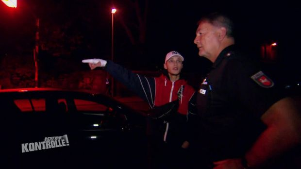Achtung Kontrolle - Achtung Kontrolle! - Thema U.a.: Mann Droht Und Begeht Fahrerflucht - Polizei Celle