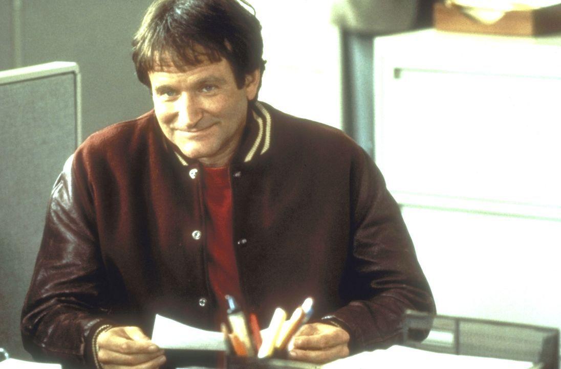 Der arbeitslose Synchronsprecher Daniel Hillard (Robin Williams) geht ganz in der Liebe zu seinen Kindern auf, nervt aber mit seinen verrückten Idee... - Bildquelle: 20th Century Fox