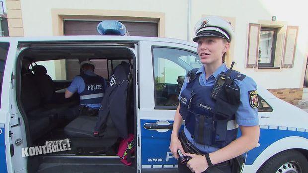 Achtung Kontrolle - Achtung Kontrolle! - Thema U.a.: Fahrer Ohne Gurt Reagiert über - Polizei Landau