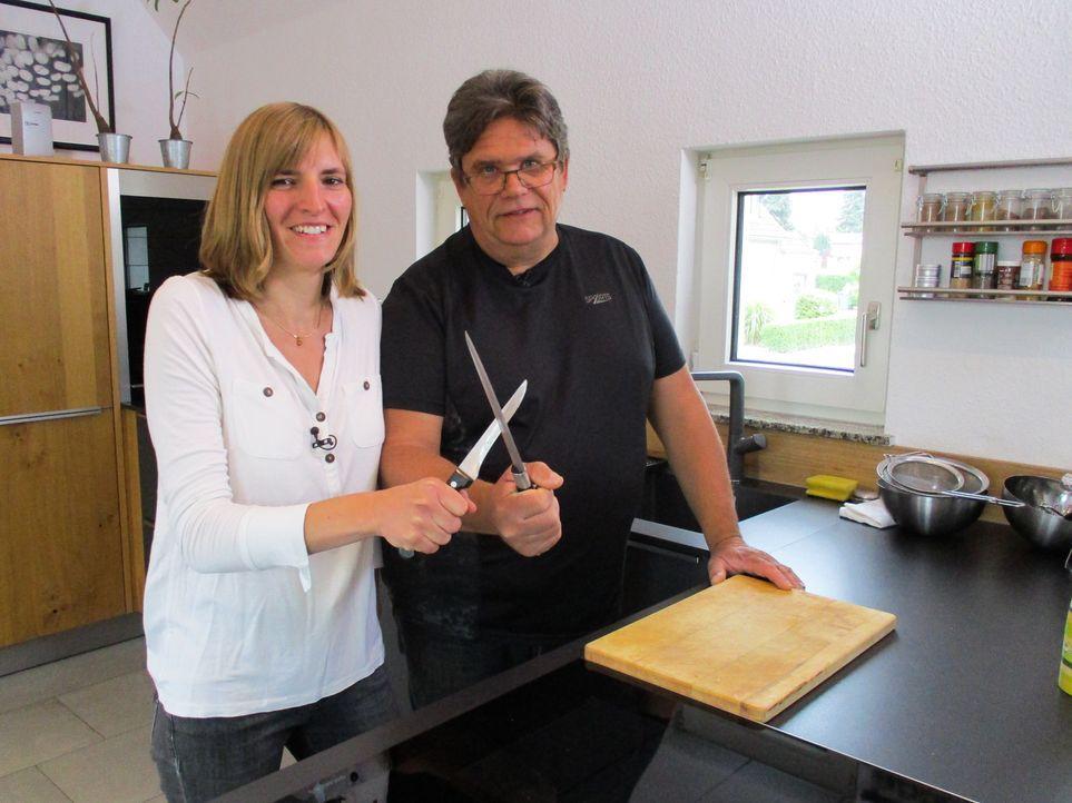 Stellen sich als Vater-Tochter-Gespann der Koch-Herausforderung: Karolina und Jörg ... - Bildquelle: kabel eins