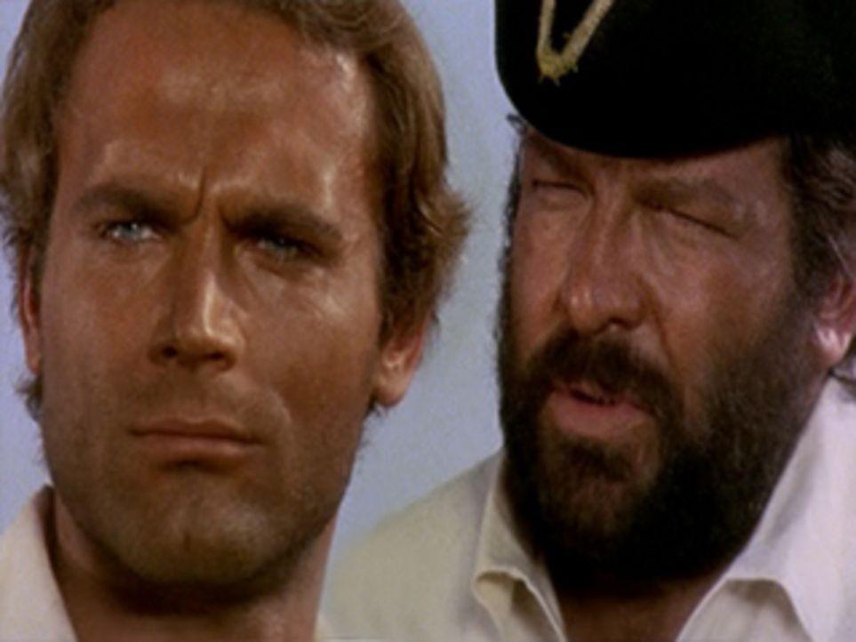 Die gerissenen Seeräuber Blacky (Terence Hill, l.) und Scull (Bud Spencer, r.) wollen beide das gleiche ... - Bildquelle: ACB Cinematografica und Capricornio Transcontinental Pictures