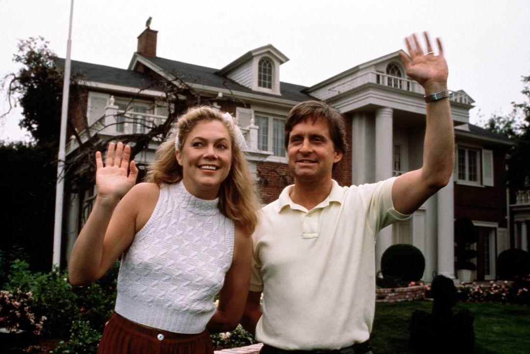 Trautes Heim, Glück allein? Bei Barbara (Kathleen Turner, l.) und Oliver (Michael Douglas, r.) ist der Scheidungskrieg nicht mehr weit ... - Bildquelle: 20th Century Fox Film Corporation