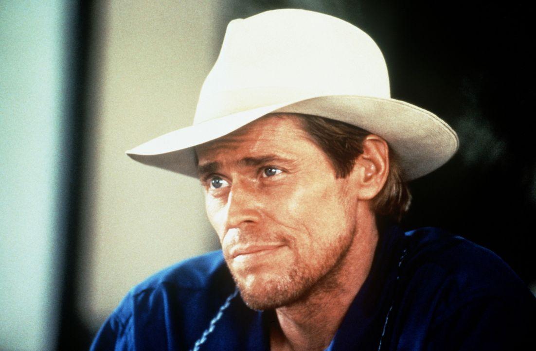Clark (Willem Dafoe) ist Leiter einer Spezialeinheit der CIA. Seine Leute sollen für eine neue Machtverteilung innerhalb des Drogenkartells geopfer... - Bildquelle: Paramount Pictures