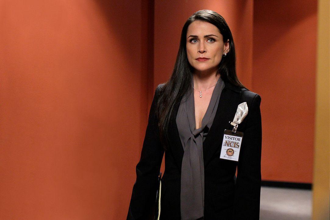 Versucht, Gibbs' Arbeit zu behindern: Anwältin Margaret Allison Hart (Rena Sofer) ... - Bildquelle: CBS Television