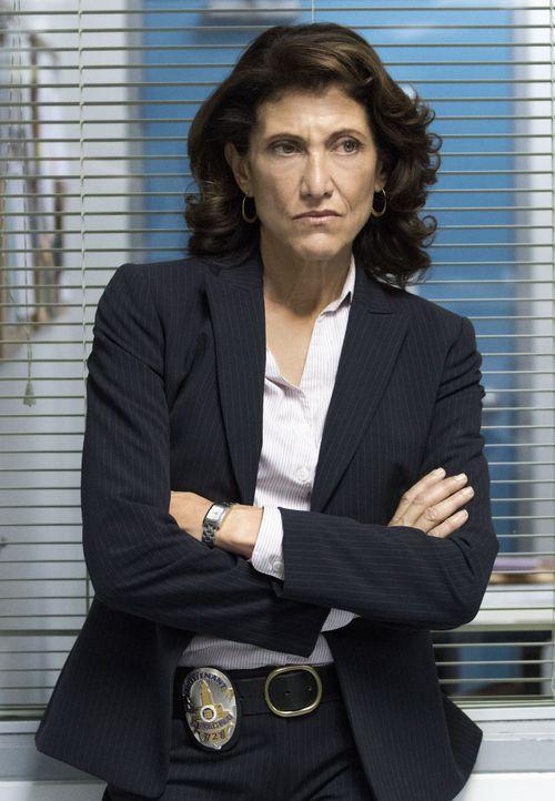 Lieutenant Grace Billets (Amy Aquino) - Bildquelle: Amazon.com, Inc. and Fabrik Entertainment, Inc.