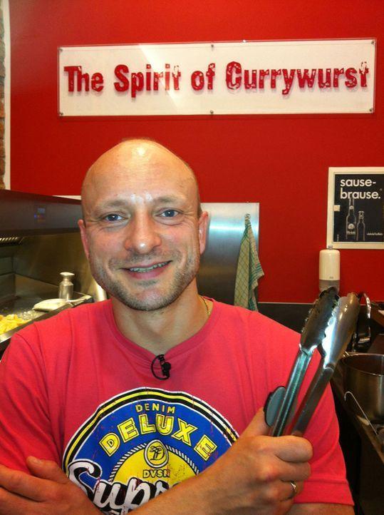 Abenteuer Leben ruft zum Currywurst-Dreikampf. Welche Stadt hat den trendigsten Currywurstladen? Hamburg, Bielefeld oder München? Eingefleischte Cu... - Bildquelle: kabel eins