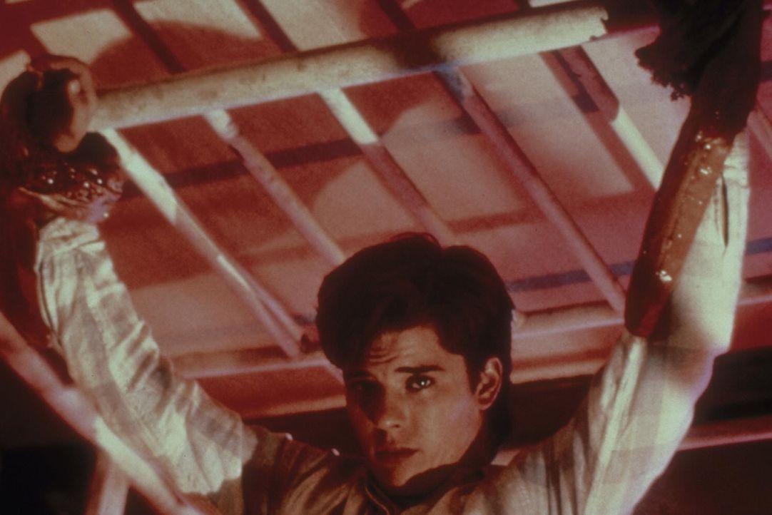 Joey (Rodney Eastman) in einem höchst realen Alptraum ... - Bildquelle: New Line Cinema