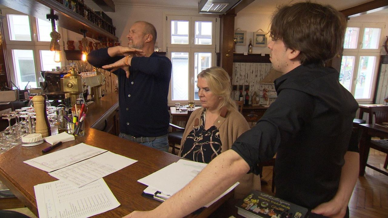 (v.l.n.r.) Frank Rosin; Manuela Stein; Pascal Stein - Bildquelle: kabel eins