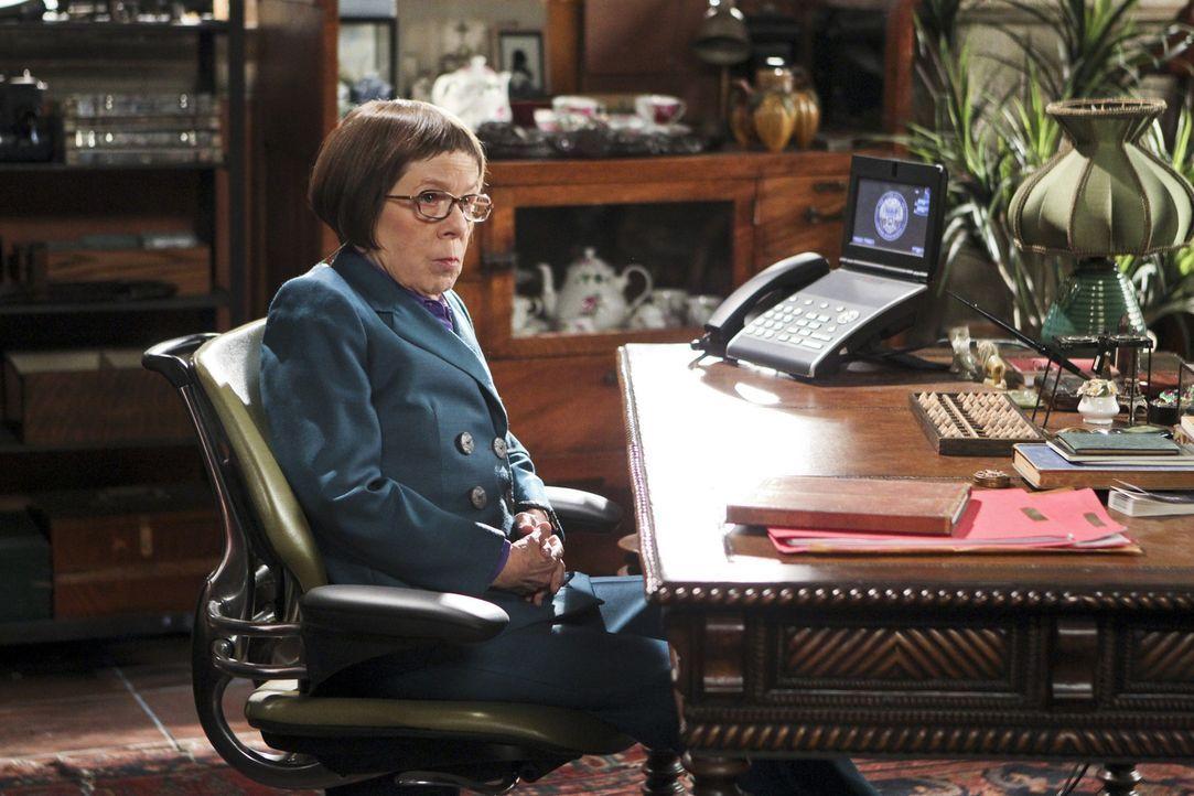 Mit starker Hand waltet sie ihres Amtes: Hetty (Linda Hunt), die Chefin des NCIS-L.A.-Teams ... - Bildquelle: CBS Studios Inc. All Rights Reserved.
