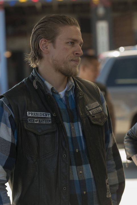 Der Wunsch nach Rache bestimmt Jax' (Charlie Hunnam) Gedanken, doch wird er kopflos agieren oder kaltblütig planen? - Bildquelle: 2012 Twentieth Century Fox Film Corporation and Bluebush Productions, LLC. All rights reserved.