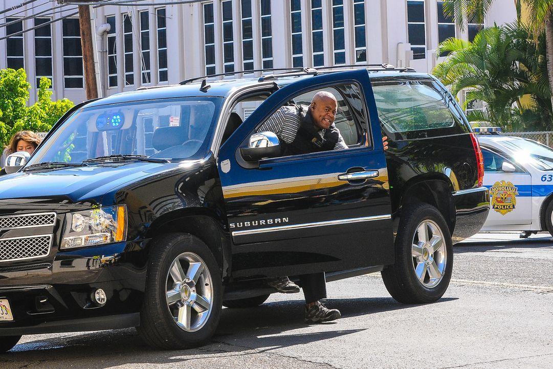 Bei den Ermittlungen in einem neuen Fall: Grover (Chi McBride) ... - Bildquelle: Norman Shapiro 2016 CBS Broadcasting, Inc. All Rights Reserved
