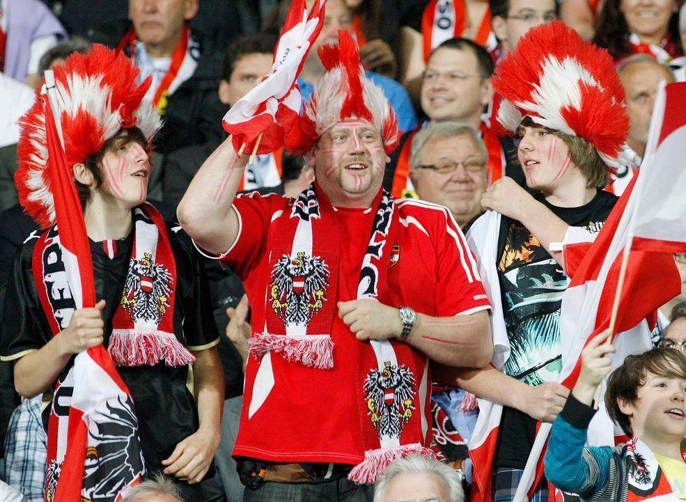 Fußball-Fan-Oesterreich-110603-AFP - Bildquelle: AFP