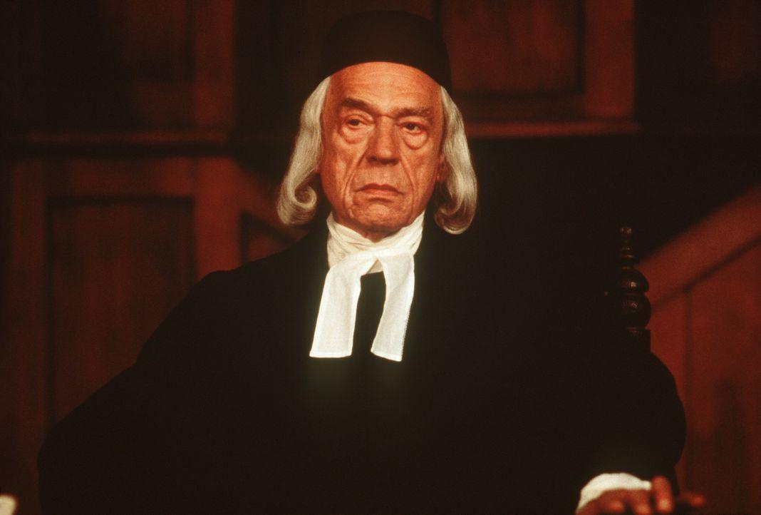 In seinem Vorgehen gegen vermeintliche Hexen und Gottesleugner ist Richter Danforth (Paul Scofield) unerbittlich ... - Bildquelle: 20th Century Fox Film Corporation