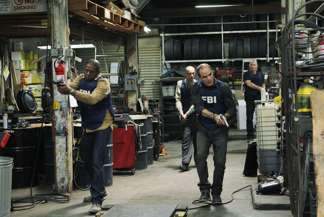 Das BAU-Team wird mit einem neuen Fall beauftragt. Für Sam (Forest Whitaker, l.), John (Michael Kelly, 2.v.r.) und Det. Brigman (David Marciano, 2.v... - Bildquelle: ABC Studios