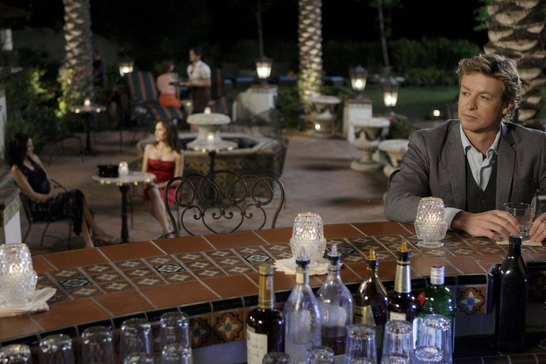 Versucht den Frauenflüsterer zu überführen: Patrick (Simon Baker) ... - Bildquelle: Warner Bros. Television