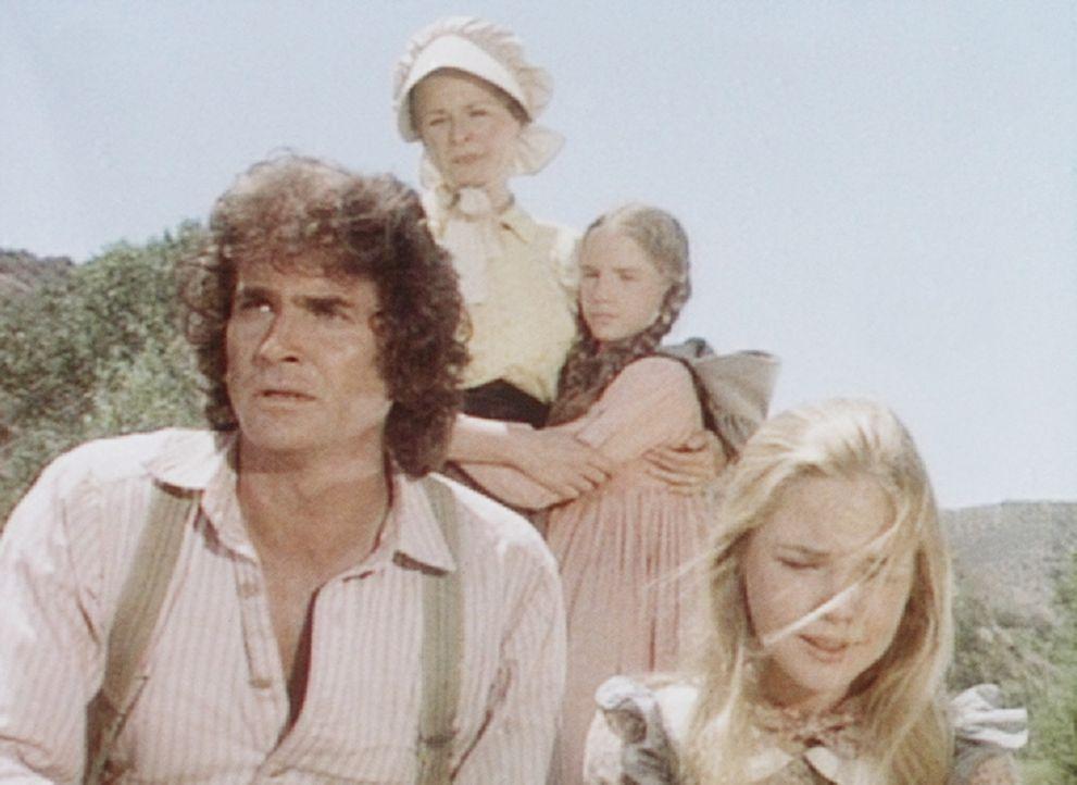 Charles (Michael Landon, l.), Caroline (Karen Grassle, 2.v.l.), Mary (Melissa Sue Anderson, r.) und Laura (Melissa Gilbert, 2.v.r.) machen sich gro - Bildquelle: Worldvision