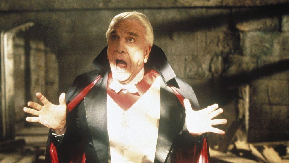 Mel Brooks' Dracula - Tot aber glücklich - Bildquelle: CASTLE ROCK ENTERTAINMENT