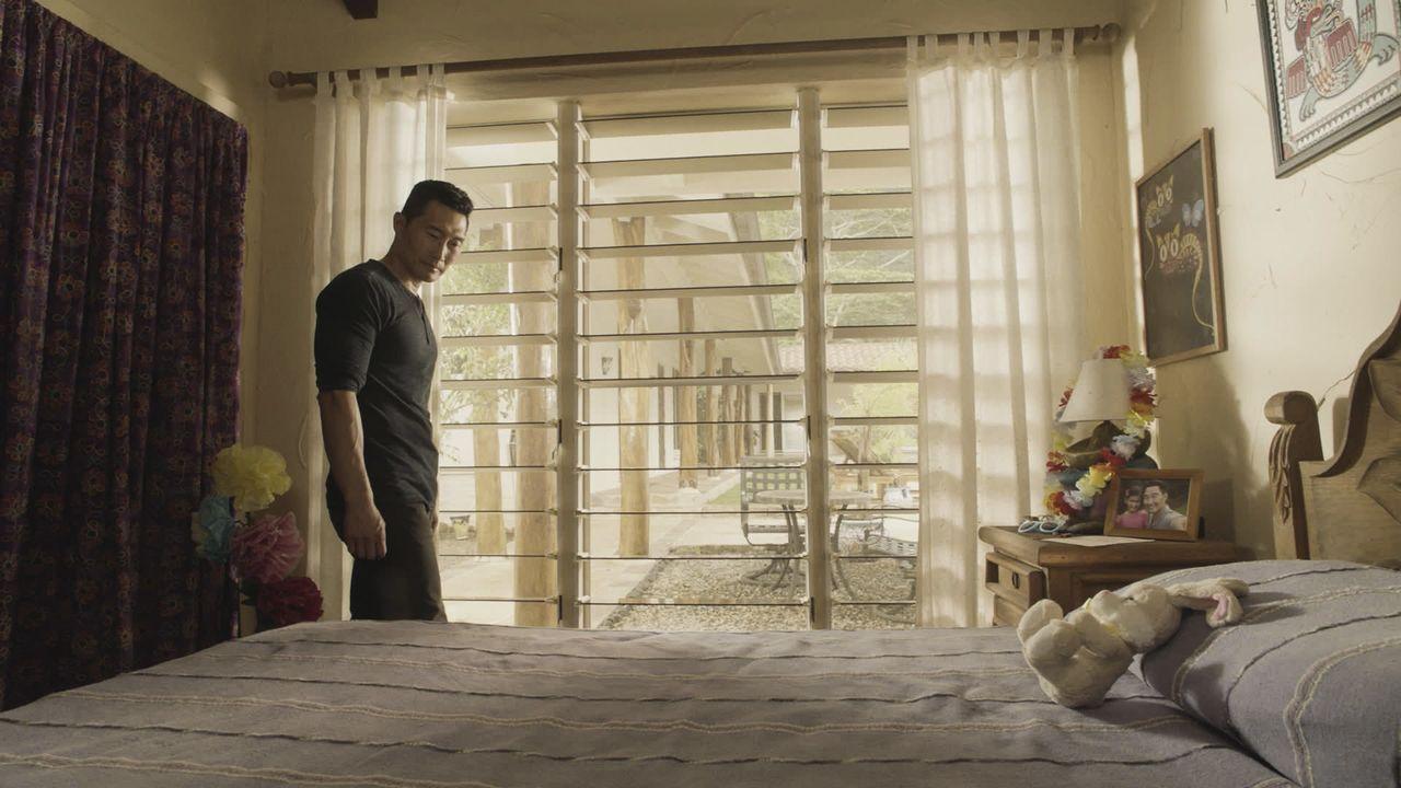 Chin (Daniel Dae Kim) erhält einen beunruhigenden Anruf von Maria Morales: Sara ist auf dem Nachhauseweg von der Schule entführt worden. Das Five-0... - Bildquelle: 2016 CBS Broadcasting, Inc. All Rights Reserved