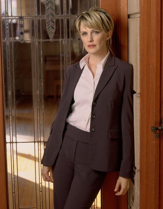 (2. Staffel) - Ungelöste Mordfälle wieder lebendig werden zu lassen, hat sich die einzige Frau im Mord-Dezernat von Philadelphia, Kommissarin Lilly... - Bildquelle: Warner Bros. Television