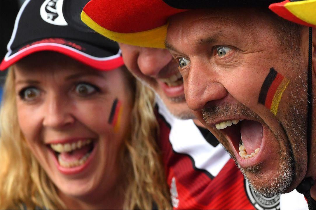 Germany supporters_000_BZ3HS_FRANCK FIFE_AFP - Bildquelle: AFP / FRANCK FIFE