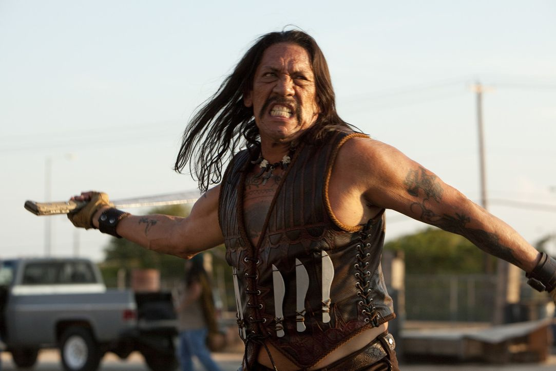 Genug ist genug! Machete (Danny Trejo) hat die Schnauze voll von all den korrupten Politikern, Cops und Gangstern ... - Bildquelle: 2010 Machete's Chop Shop, Inc. All Rights Reserved.