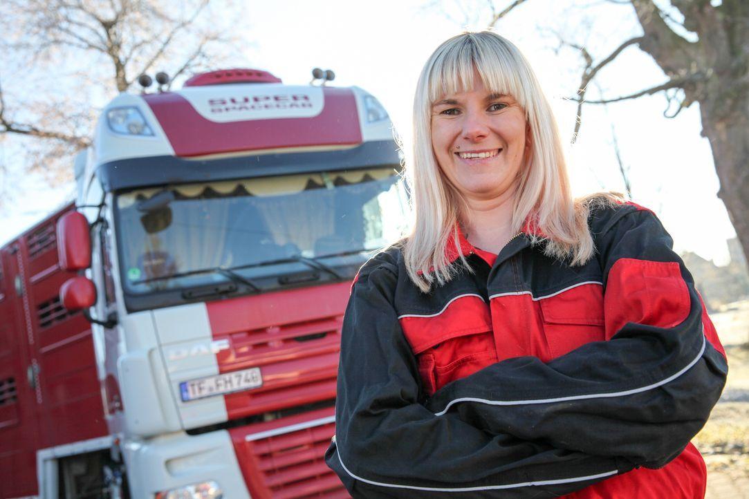 Als Mutter hat es Cindy in dem Beruf als Truckerin nicht immer einfach, aber sie weiß genau was sie will und schreckt so schnell vor nichts zurück .... - Bildquelle: kabel eins