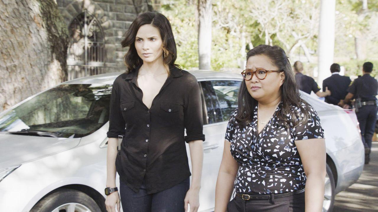 Quinn Liu (Katrina Law, l.); Dr. Noelani Cunha (Kimee Balmilero, r.) - Bildquelle: 2020 CBS Broadcasting Inc. All Rights Reserved.