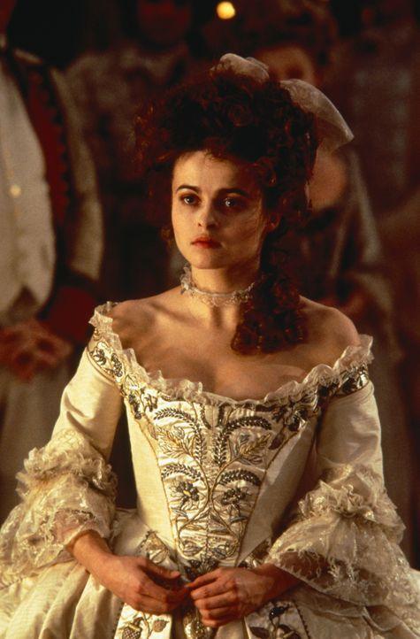 Elizabeth (Helena Bonham Carter) - Bildquelle: 1994 TriStar/JSB Productions, Inc. All Rights Reserved.