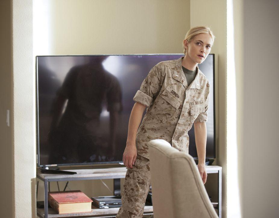 Ermittelt undercover um einen Mörder zu fassen: Bishop (Emily Wickersham) ... - Bildquelle: Colleen Hayes CBS Television / Colleen Hayes