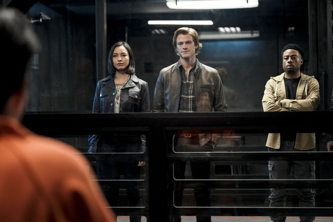 (v.l.n.r.) Desi (Levy Tran); MacGyver (Lucas Till); Wilt Bozer (Justin Hires) - Bildquelle: Jace Downs 2019 CBS Broadcasting, Inc. All Rights Reserved / Jace Downs