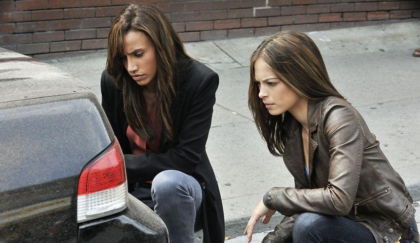 Drei Schwestern3 - Bildquelle: 2012 The CW Network, LLC. All rights reserved.