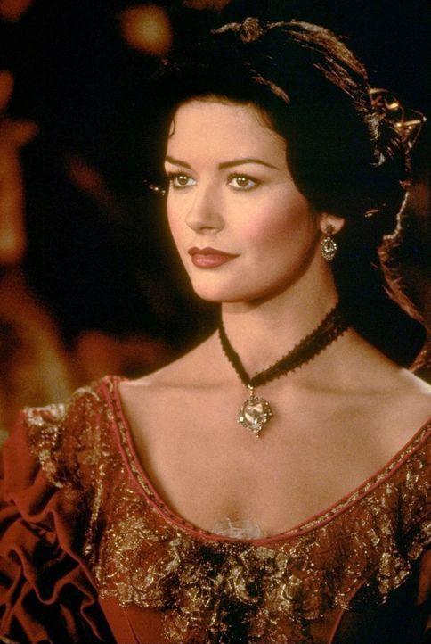 Elena (Catherine Zeta-Jones) kehrt nach Jahren in ihre Heimat zurück ... - Bildquelle: Columbia Pictures