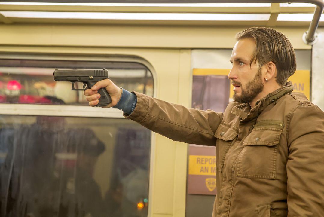 Jared Stone (Will Rothhaar) nimmt zahlreiche Fahrgäste einer U-Bahn als Geiseln. Für das Team um Beckett und Castle wird es ein besonderer Fall, den... - Bildquelle: ABC Studios