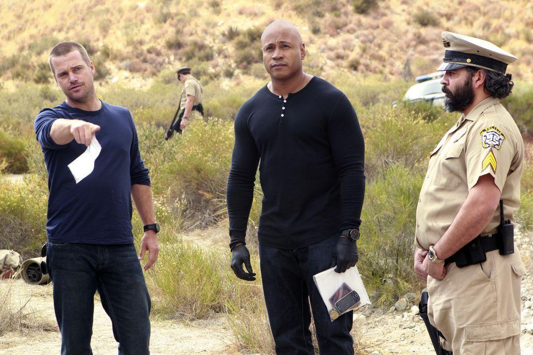Versuchen einen Mordfall aufzudecken: Callen (Chris O'Donnell, l.) und Sam (LL Cool J, M.) ... - Bildquelle: CBS Studios Inc. All Rights Reserved.